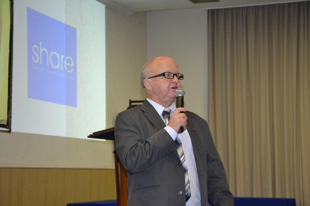 """Adm. Flávio Martins palestrou sobre """"Trasformar crise em oportunidade"""". Foto: PousoAlegre.net"""