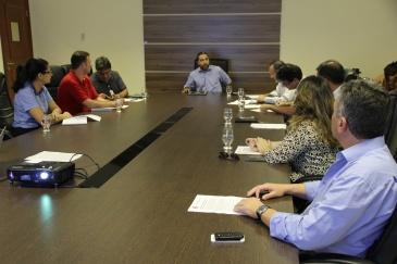 Presidente da Câmara apresenta proposta para instituições. Foto: Ascom Câmara