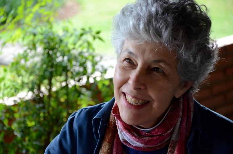 A escritora e fotógrafa Ana Regina Nogueira. Imagem: Divulgação