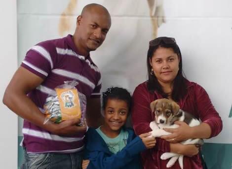 Adoção de cães tem sido um sucesso no <a class='post_tag' href='http://pousoalegre.net/topicos/serra-sul-shopping/' >Serra Sul Shopping</a>. Foto: Assessoria