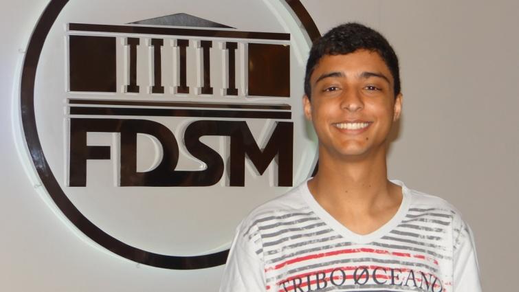 O aluno Deivisson Lemos. Foto: Ascom FDSM