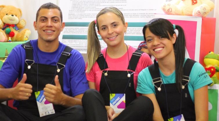 Alunos do curso de Pedagogia apresentam projeto na Faitec 2015. Foto:Thiago Freitas