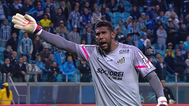 Aranha foi vítima de racismo em partida de futebol no ano passado.