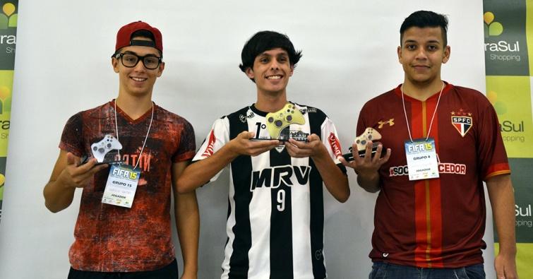 Sergio (Vice), Victor (Campeão), e Pablo (3º).