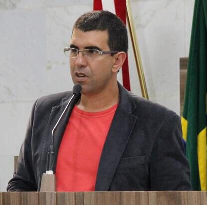 Mauricio Tutty desabafou sobre mentiras criadas em relação ao Feriado. Foto: Ascom Câmara