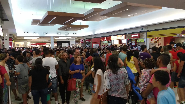 SerraSul Shopping recebeu 100 mil pessoas nos dias que antecederam o Natal. Foto: Assessoria