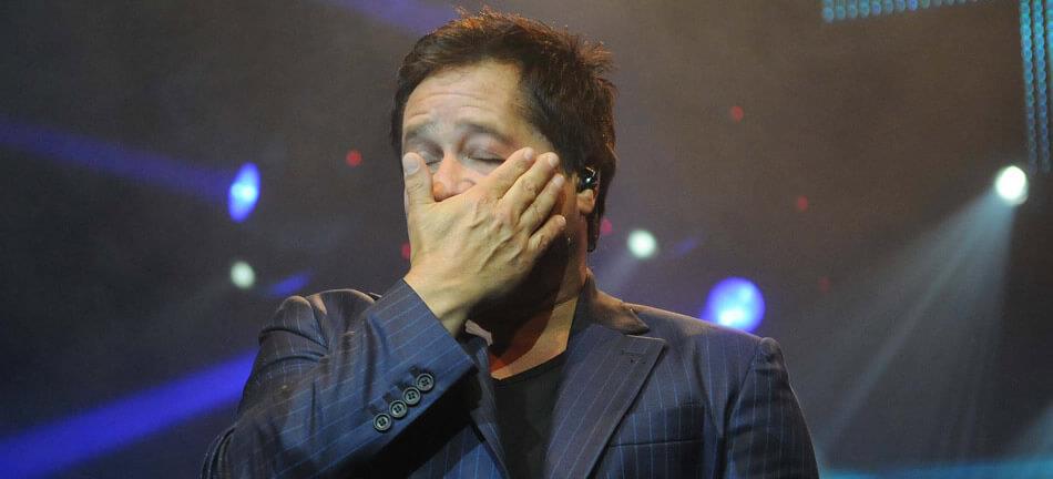 Leonardo chora durante Show.