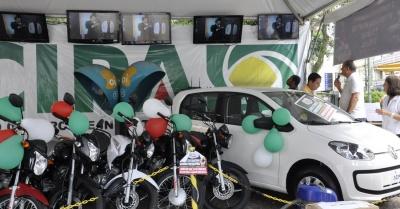 Em Pouso Alegre foram sorteados dois carros 0km, 5 motos, e 10 tvs.