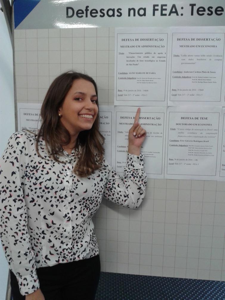 Aos 26 anos, professora da FAI defende dissertação de mestrado na FEA/USP
