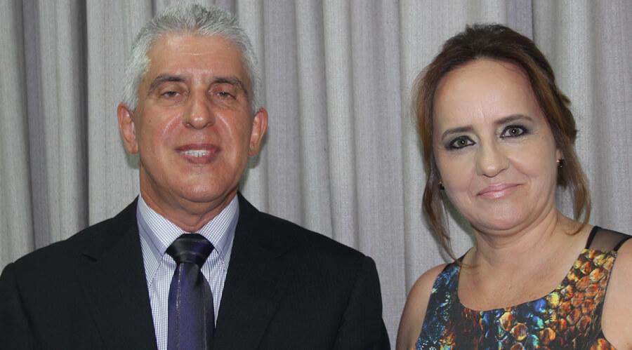 O diretor atual da FAI, professor José Cláudio Pereira e a vice-diretora Silvana Lima. Foto: Ascom FAI