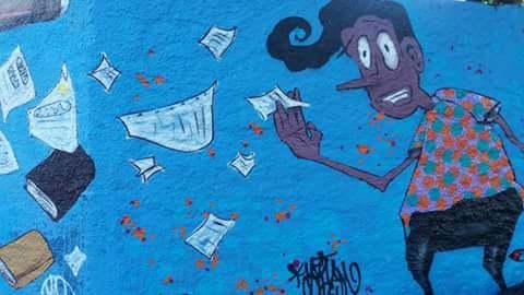 Muro da rua tiradentes que obedeceria as solicitações da Secretaria de Educação e foi mantido