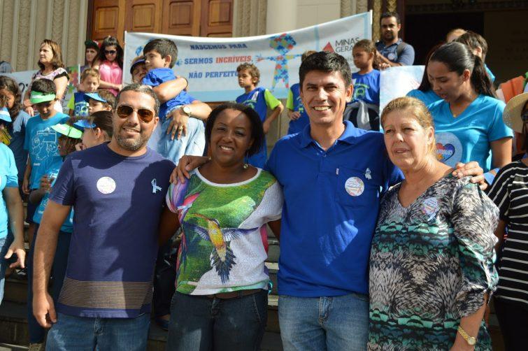 A secretária de Educação Cleidis Regina Modesto, a superintendente de Ensino Andréa Reis e os vereadores Hélio da Van e Rafael Huhn marcaram presença no evento.