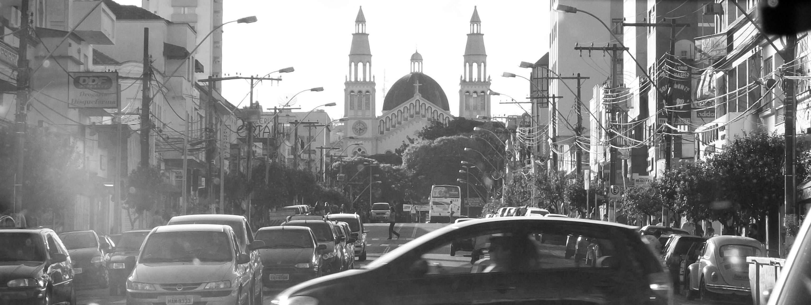 Dirigir em Pouso Alegre esta cada dia mais complicado. Foto: Arquivo / Movimento Urbano