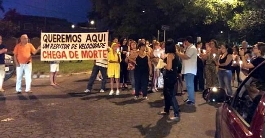 Moradores pedem por mais segurança para os pedestres na Av. Vicente SImões. Foto: Reprodução Facebook