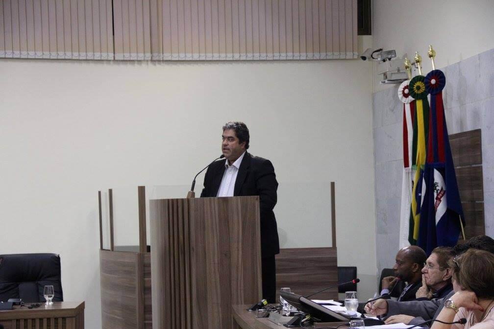 Delegado da Polícia Civil, José Walter Motta, criticou a fiscalização das vans