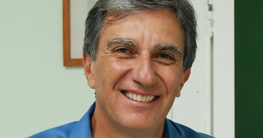 Simões confirmou sua pré-candidatura nesta segunda (2) pelas redes sociais. Imagem: Reprodução Facebook