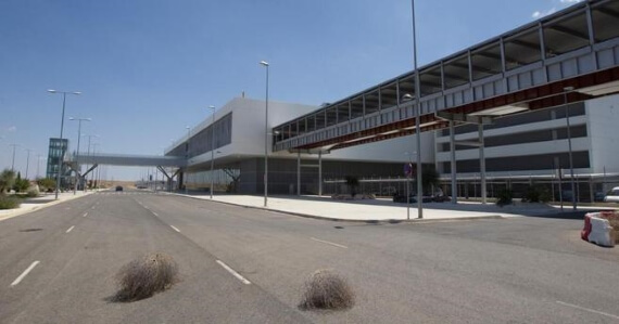 Aeroporto foi vendido por 10% do custo de construção