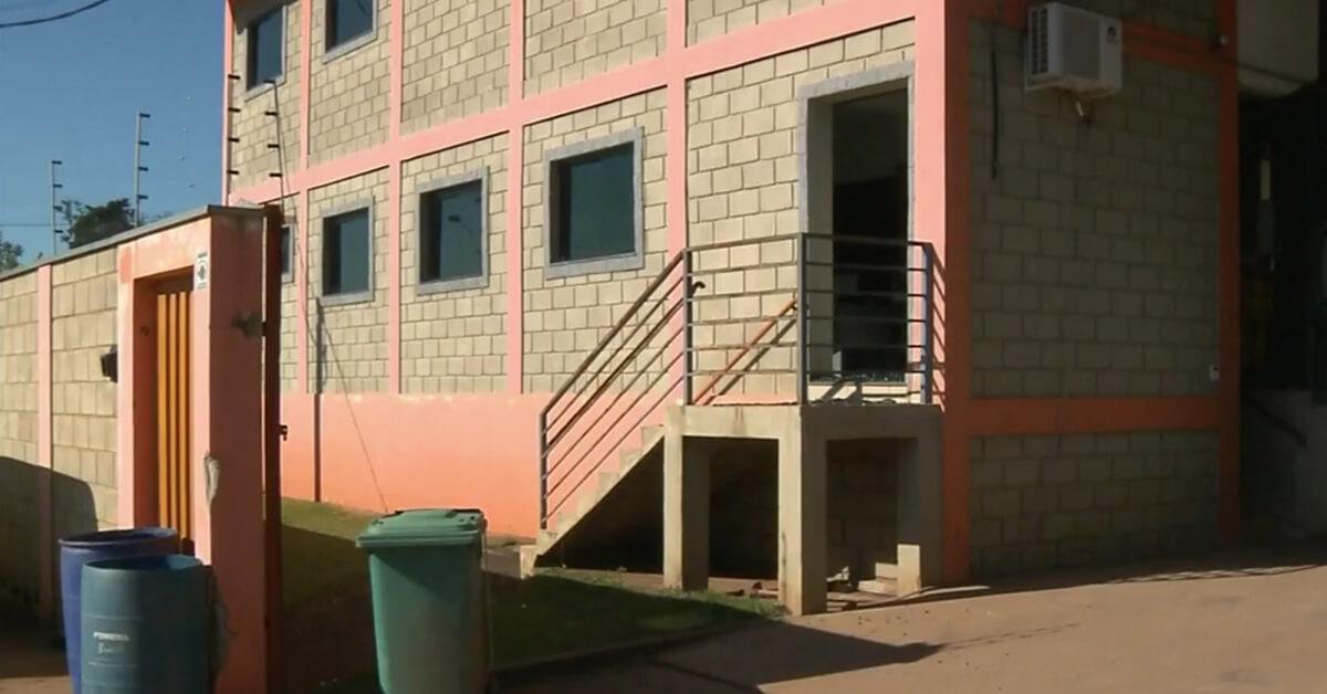 Empresa que faz separação de laranjas foi assaltada em Pouso Alegre (Foto: Reprodução EPTV)