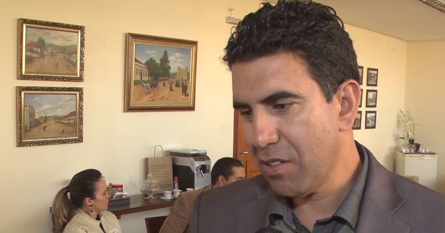 O presidente da Câmara, Mauricio Tutty (Imagem: Reprodução TV Câmara)