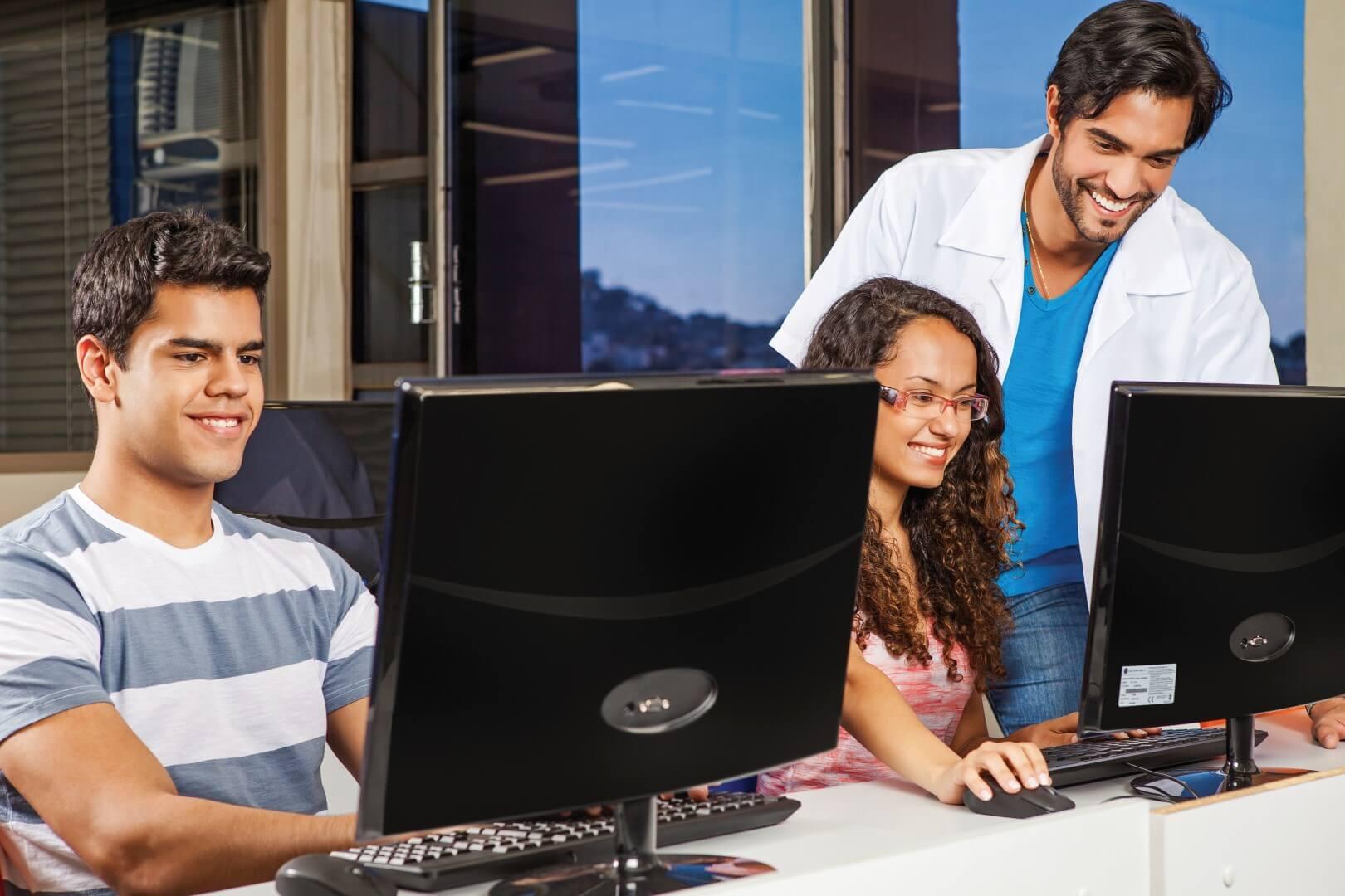 Curso técnico propicia 48% mais chances de entrada no mercado de trabalho (Divulgação)
