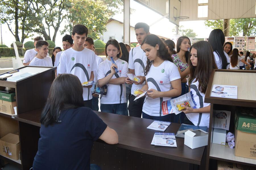 Alunos do Instituto Bradesco (Foto: FDSM)