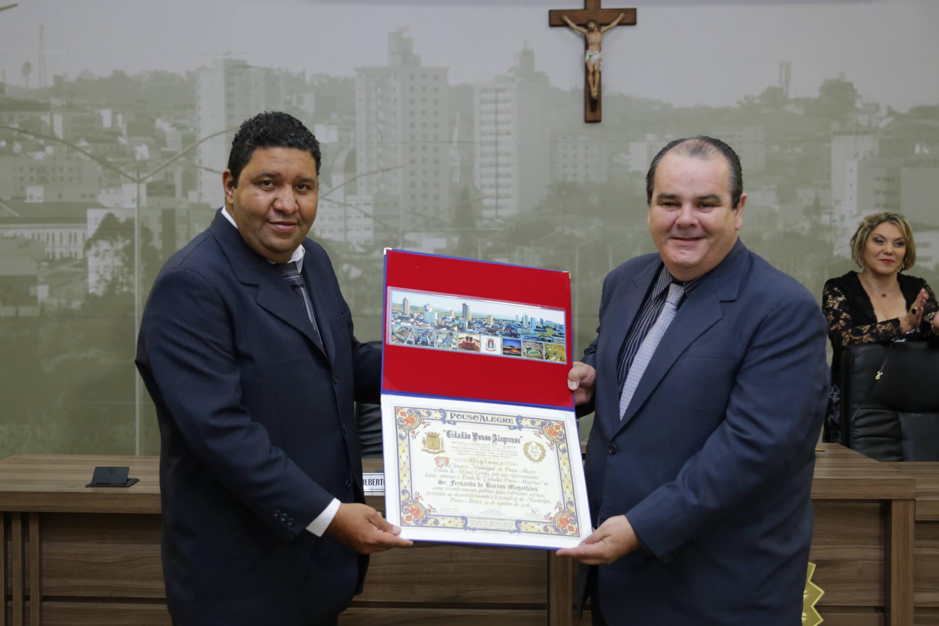 Fernando de Barros Magalhães foi homenageado pelo vereador Flávio Alexandre