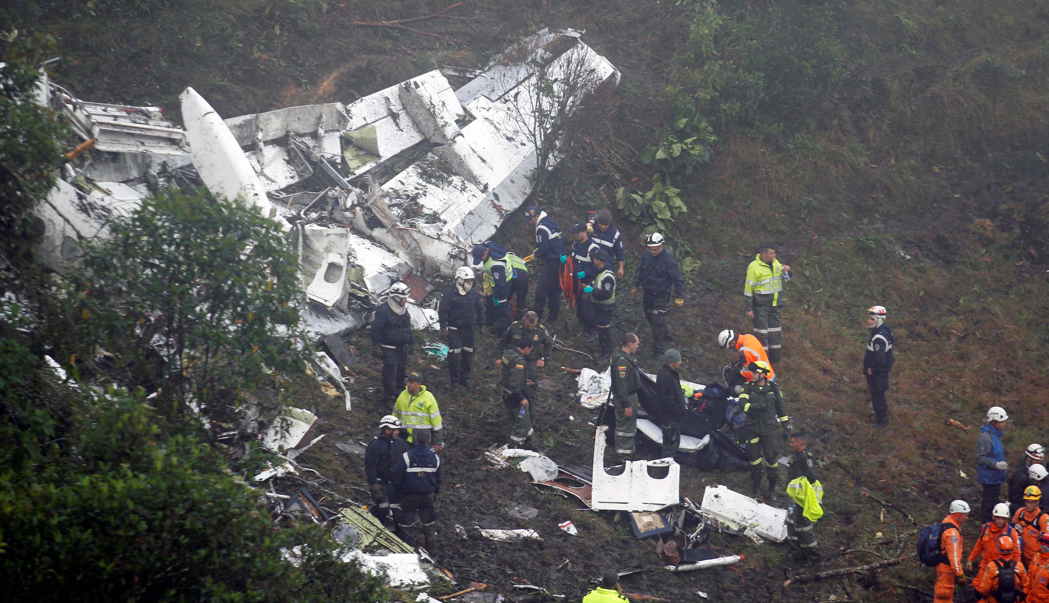 Avião da Chapecoense caiu quando se dirigia a Medellín (Foto: Reuters)