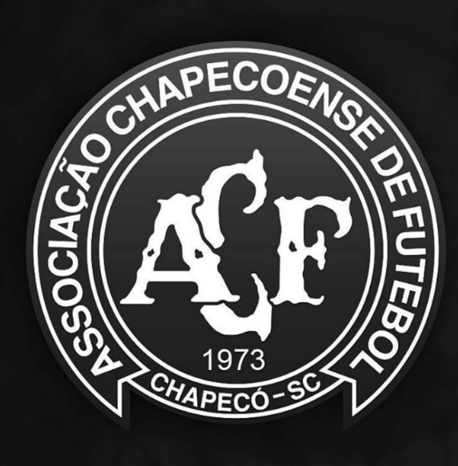 Caldense também utilizou o escudo da Chapecoense como foto em rede social