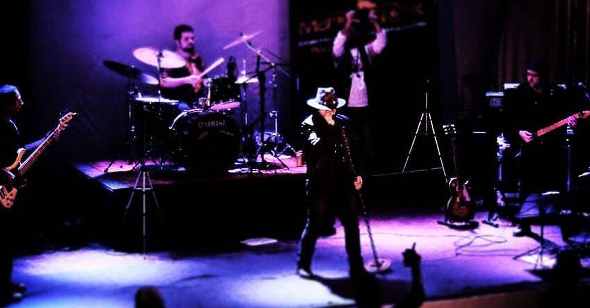 Banda Black Foxxer em um de seus shows na região